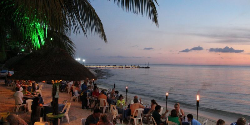 Albertos Beach Restaurant Bar Sunsets